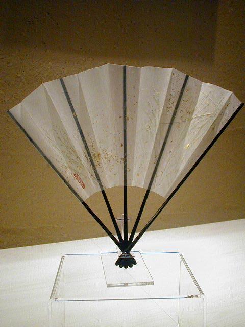 KARINブランド/五骨(蝙幅 かわほり)/飾扇葉散らし 白/創作飾り扇