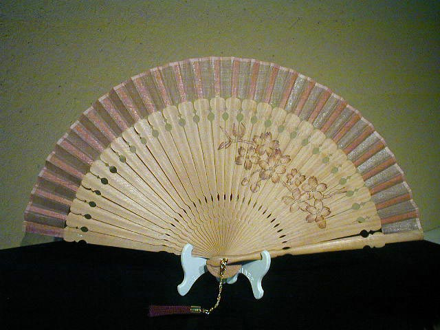 シルクファン・アールデコ/木骨・焼絵扇・桜柄(ピンク)