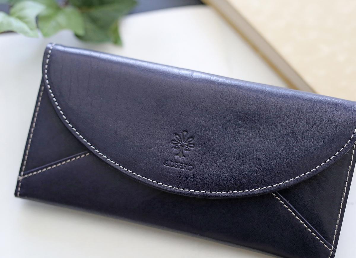 952671a8ff9b 小銭入れ付き長財布 6418 光沢としわ感のあるイタリアンレザーを使用薄マチで大き目にサイジングされた長財布