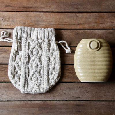 手編みのざっくりニットの湯たんぽカバー 手編みのざっくりニット湯たんぽカバー&美濃焼湯たんぽセット 陶器湯たんぽ 湯たんぽ かわいい カバー 湯たんぽカバー かわいい湯たんぽカバー 湯タンポカバー