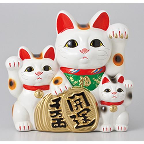 常滑焼招き猫 三匹猫7号 [ 24 x 13.5 x 23cm ] | 招き猫 ねこ cat 縁起物 お土産 かわいい おしゃれ 飾り 玄関飾り 開運 商売繁盛 家内安全 お守り まねきねこ プレゼント ギフト 贈り物 開店祝い