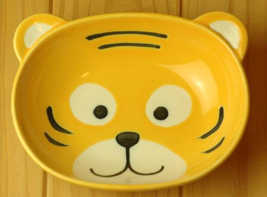 激安通販販売 大事に扱う心を育む 子供用食器 トラ 供え カレー皿
