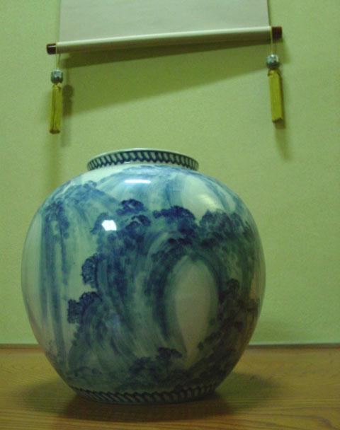 【ファイルNO.3】染付尺玉花瓶