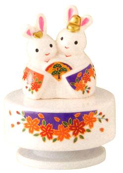 大人女子もひなまつり コンパクト オルゴール うさぎ雛 出産祝 陶器 桃の節句 雛祭 雛人形 内祝 お雛さま ひな人形 おひな様 お雛様 ◆セール特価品◆ 当店は最高な サービスを提供します 誕生日