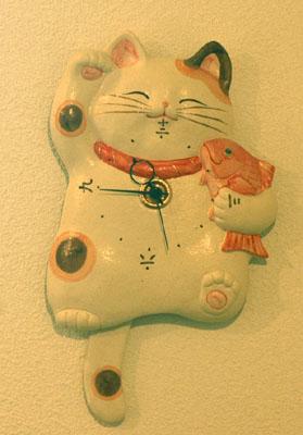 【招き猫、陶器、掛け時計】福々招き猫尾振り時計【楽ギフ_メッセ】【楽ギフ_メッセ入力】【楽ギフ_のし】