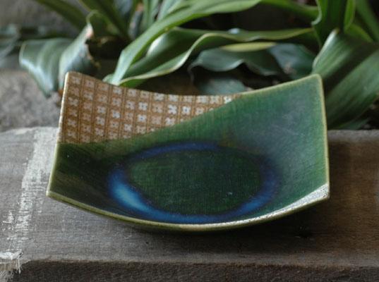 松山窯作 瀬戸織部 大人気 正角 中皿 深皿 限定タイムセール 織部焼