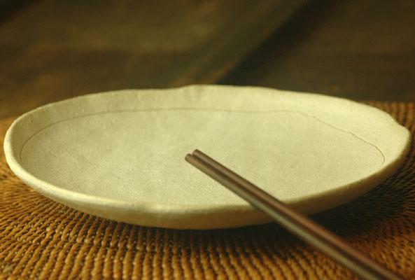 使えます たっぷりサイズの取り皿 新作からSALEアイテム等お得な商品 満載 粉引 錆彩取り皿 いつでも送料無料