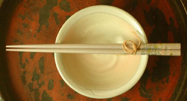 誕生日/お祝い セール開催中最短即日発送 味気ない食卓が一新 春色うつわ ほんのり桜色 小鉢