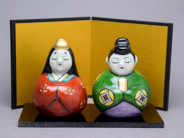 【雛人形 コンパクト】有田焼円左エ門窯丸雛 置物(屏風、敷板付)