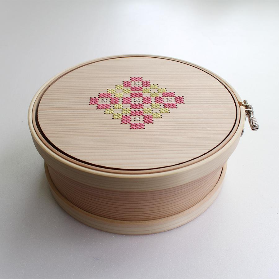 Cohana(コハナ)曲げわっぱの道具箱 こはる刺しゅう枠15cm【手芸/小物入れ】