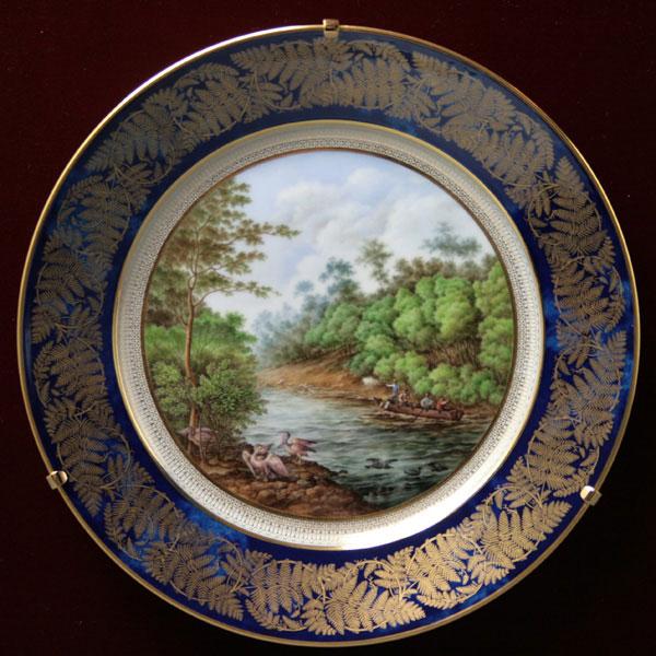 セーブル飾り皿ニュージーランドのユーカリの森壁掛 陶磁器フランス SEVRES