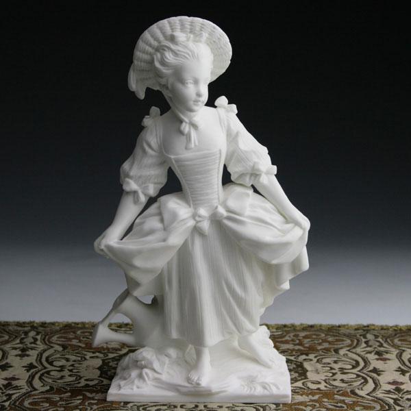 セーブル磁器人形 踊り子 白磁フランス SEVRES