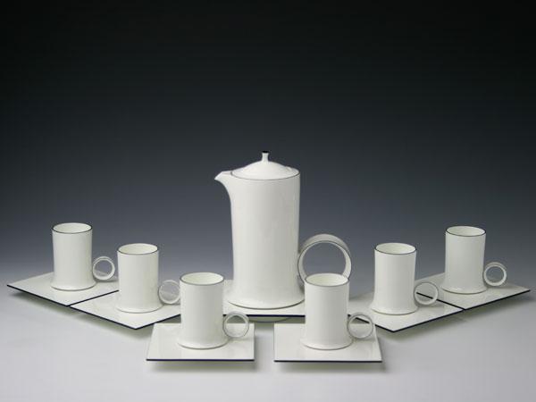 幻の陶磁器と称されるフランスの国窯セーブル(SEVRES)稀少なコーヒーセット エクラ(6人用)Patrice CLOUD【重要作品】白磁 洋食器直輸入販売