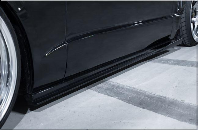 SADカスタム(SAD-CUSTOM) New AGENTタイプ4 200系ハイエースワイドボディ サイドステップ未塗装