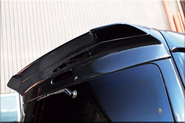SADカスタム(SAD-CUSTOM) スティンガータイプ4 200系ハイエースワイドボディ リアウイングスポイラー未塗装