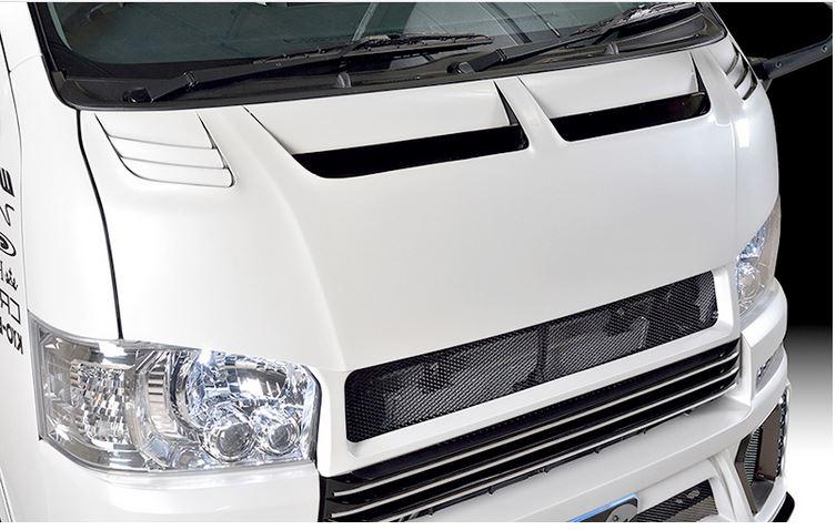 ROWEN(ロエン/トミーカイラ) レーシングボンネットフード未塗装 プレミアムエディション 200系ハイエース4型後期【標準ボディ専用】
