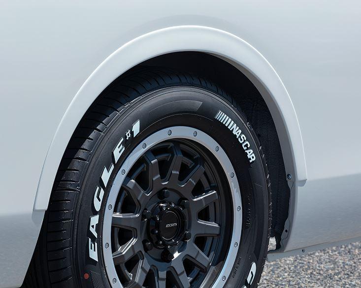 エセックス NV350キャラバン リーガルフェンダー塗装済(QABホワイトパール/KH3ブラック) ABS製