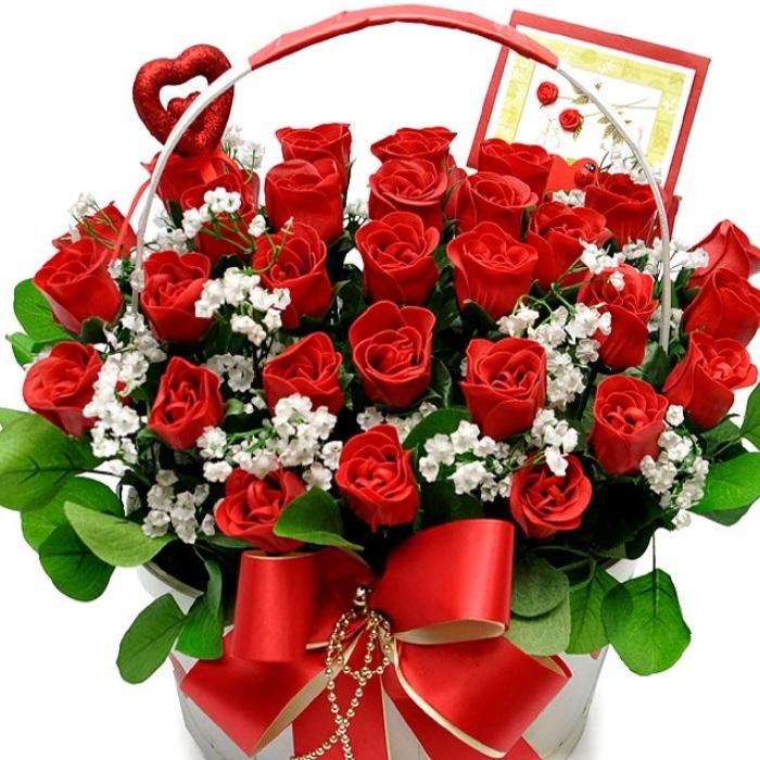 フラワーギフト 薔薇 アレンジメント かご 母の日 誕生日 結婚祝い 御祝/還暦祝い/フラワーギフト/歓迎/退職/開店祝/花 石鹸花/せっけん/造花 薔薇ローズバスケットアレンジメント 薔薇 かご ソープフラワー