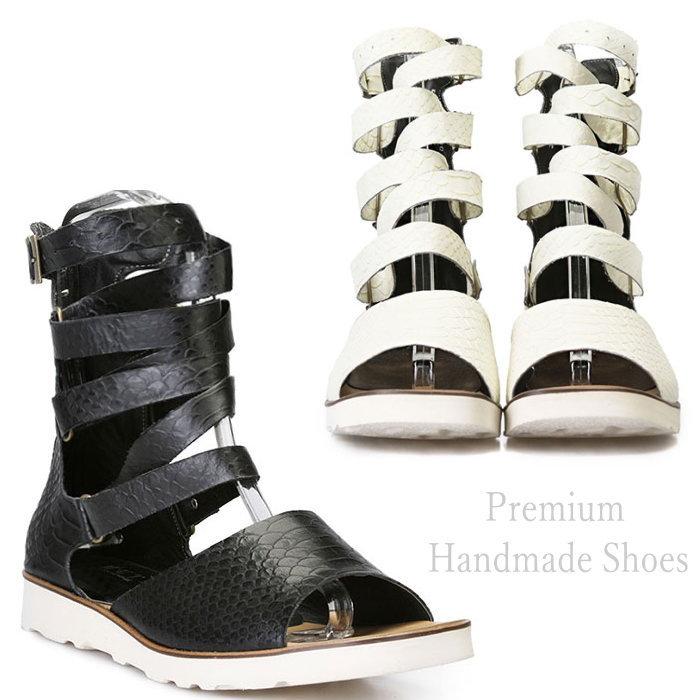パイソン型押しレザーグラディエイターサンダル/全2色 メンズ ハンドメイド サンダル レザーサンダル ストラップサンダル メンズサンダル 靴 多重ストラップ ベルトデザイン