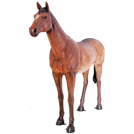 強壮と立ち振る舞う馬【CARUNA】