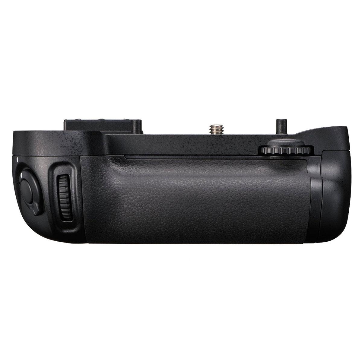 【送料無料】 ニコン MB-D15 マルチパワーバッテリーパック [Nikon D7200/ D7100対応]