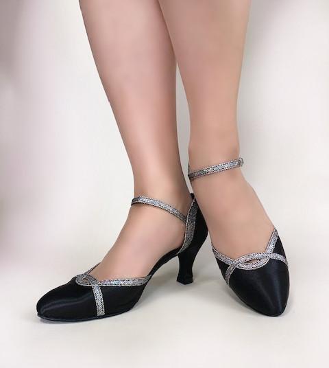 送料無料 シルバーのラインがスッキリとした印象に 即納品 在庫商品 社交ダンス 社交ダンスシューズ 女性兼用シューズ ダンス用品 ダンスシューズ 10%OFF 本物