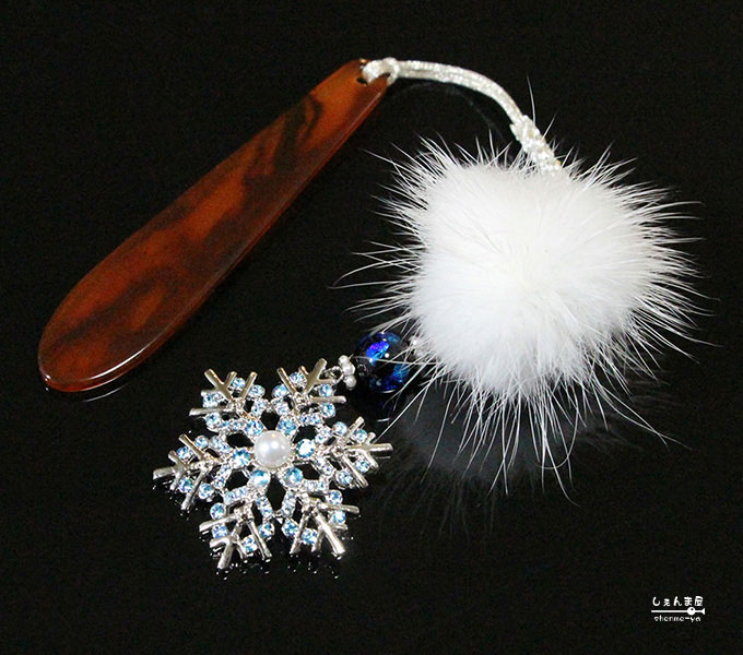 Crystal of snow。o○2カラー!雪の結晶*天然あこや本真珠&蛍石 帯飾り【冬 和装 着物 アクセサリー パワーストーン】
