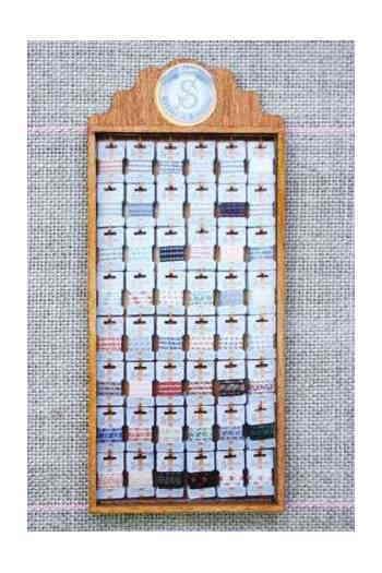 ドールハウス ミニチュア手芸店 Maison Sajou PR SENTOIR BOIS MINIATURE 全品最安値に挑戦 雑貨 RUBANS COTON 正規店 予約 フランス製 輸入 MP_48_CAR_04