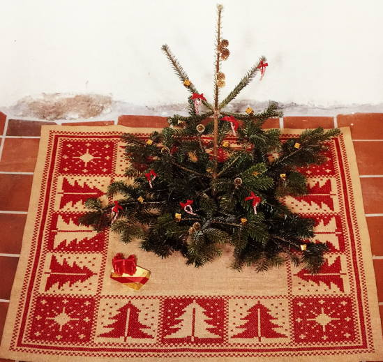 フレメ Juletræer Christmas Tree Kit Haandarbejdets Fremme Cross Stitching  Danish North European Guild Embroidery 29 3626,01