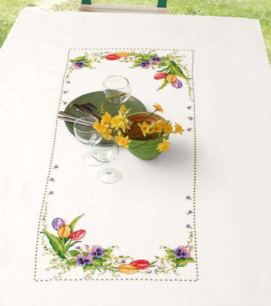 PERMIN フローラル Floral tablecloth クロスステッチ 刺繍 キット デンマーク ペルミン 58-8308 【送料無料】