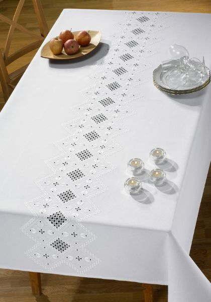 PERMIN ハーダンガーホワイト Hardanger White 刺繍 キット デンマーク 北欧 刺しゅう ペルミン 58-2630 【送料無料】