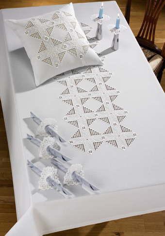 PERMIN スターハーダンガー・テーブルクロス Stars hardanger 刺繍 キット デンマーク 北欧 刺しゅう ペルミン 58-0599【送料無料】