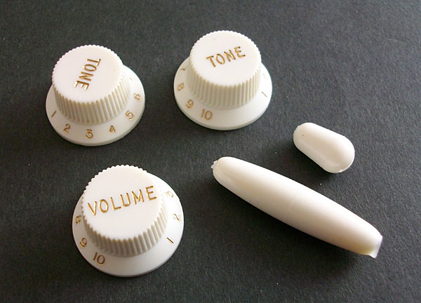 Montreux 《モントルー》 62 Strat Nylon Knob set new (gold letters)