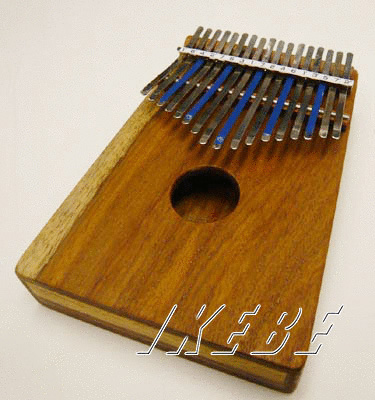 HUGH TRACEY KALIMBA TREBLE 17 NOTE [カリンバ]