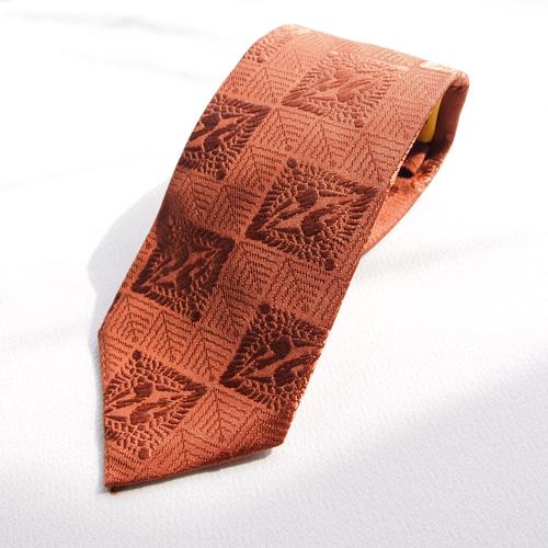 シルク 最高級 和柄 ネクタイ 和柄で一本一本 ハンドメイド 作製 日本製 ブランド 正絹 茶色