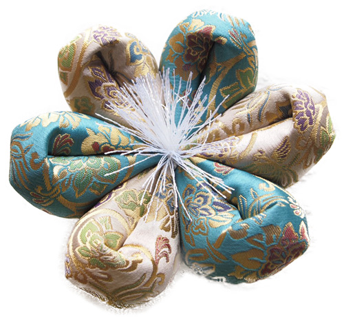 おりん布団 リン布団 日本製 りん座布団 新錦唐草 花型 15号 45cm 緑紺