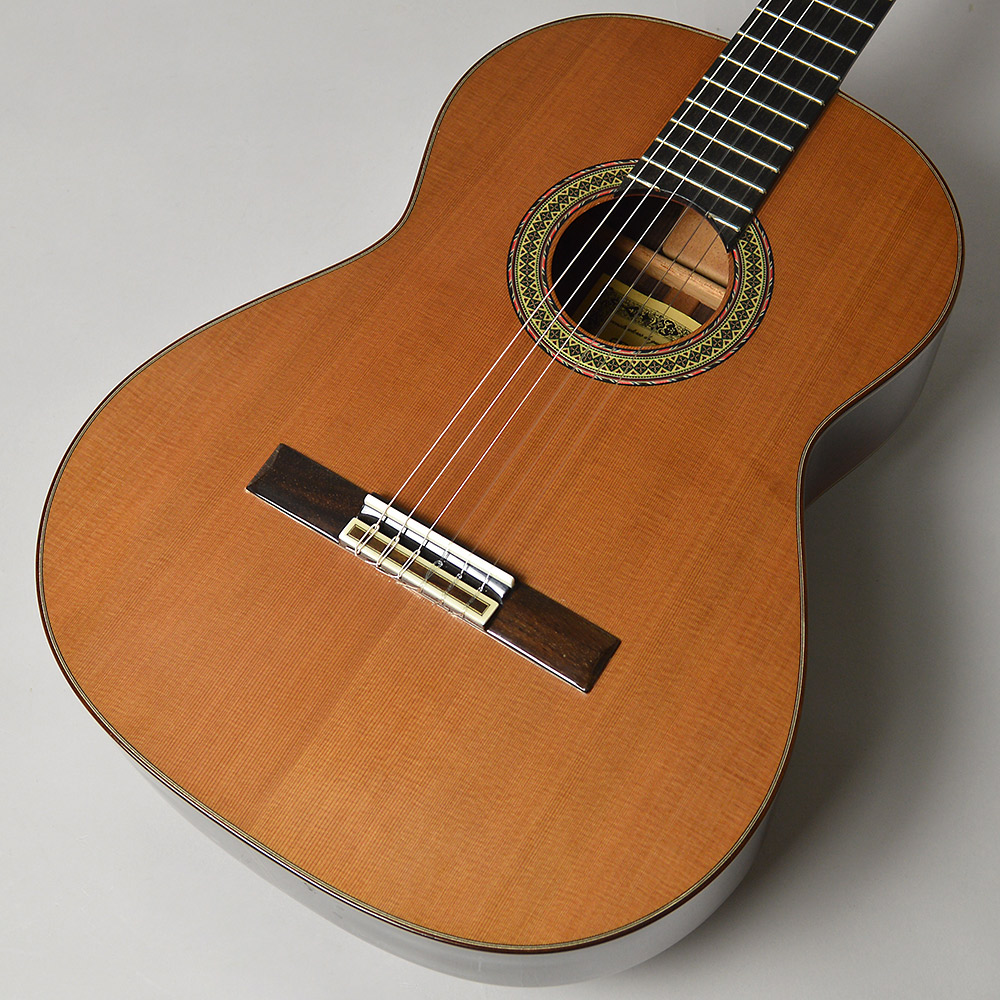 RAIMUNDO 148C クラシックギター スペイン製 【杉/650mm】 【レイモンド】【梅田ロフト店】