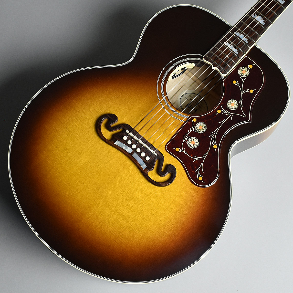 Gibson J-200 STANDARD Vintage Sunburst S/N:10907100 エレアコ 【ギブソン J200】【未展示品】
