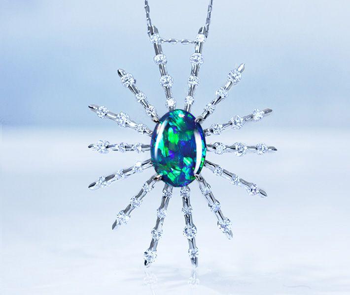 【HANDMADE】PT950 ブラックオパール 2.530ct ダイヤモンド 0.869ct ペンダントトップ