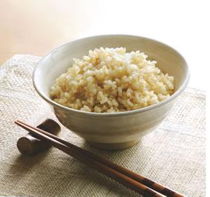 送料無料 一部に地域を除く スーパーセール 未熟米 青いお米 令和3年産の新米近畿産ブレンド玄米5kgでの販売になります 価格 令和3年 近畿産のブレンド玄米5kg や小粒などを含みます