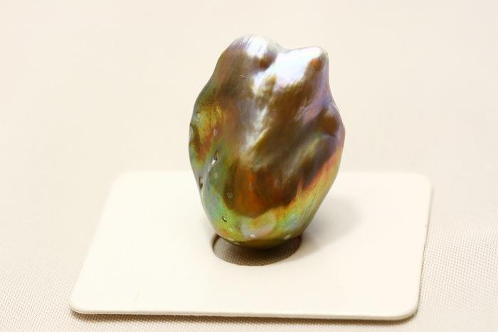 淡水真珠パールルース 24×17mm パープルグリーンカラー