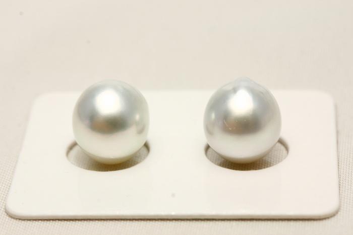 南洋白蝶真珠パールペアルース 9mm ホワイトカラー