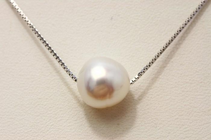 南洋白蝶真珠スルーパールネックレス 10mm ホワイトカラー