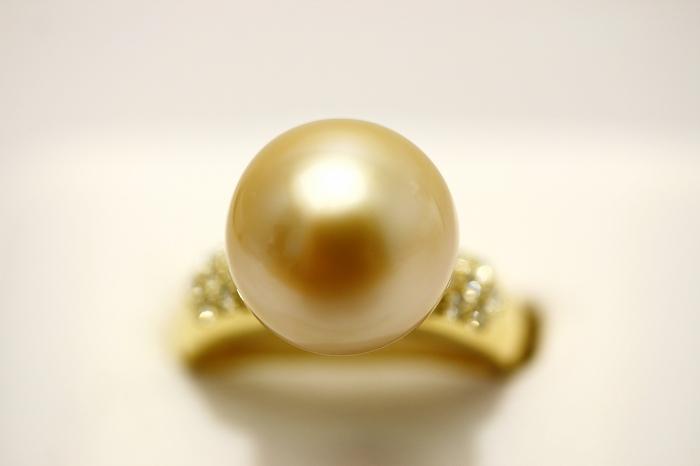 南洋白蝶真珠パールリング【指輪】 12mm ナチュラルゴールドカラー K18製/D0.28ct