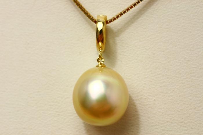 南洋白蝶真珠パールペンダントトップ 12mm ナチュラルゴールドカラー K18製