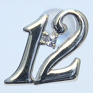 ブローチ タンザナイト 12月誕生石 ピンブローチ K18WG ホワイトゴールド ラッキーナンバー12 ピンズ タイニーピン ラペルピン 送料無料 クリスマス 父の日 バレンタイン
