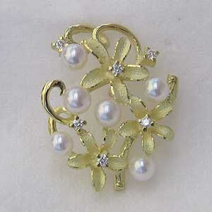 母の日 ブローチ 花 真珠 パール あこや本真珠 K18 ピンブローチ ラペルピン ホワイト系 ラウンド形 3-3.5mm ダイヤモンド 送料無料 フォーマル アンティーク調