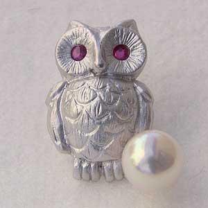 贈り物 ブローチ ラペルピン メンズ 男性用 真珠 パール ふくろうピンズ あこや本真珠 アコヤ6-6.5mm ピンブローチ ルビー 父の日 バレンタイン