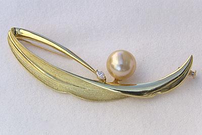 入学式 卒業式 真珠 パール ブローチ 南洋白蝶真珠・ダイヤモンド・11.2mm・ゴールド系・K18・ゴールド・パール 送料無料 フォーマル アンティーク調