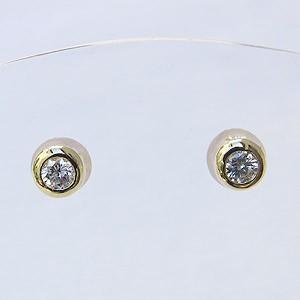 ダイヤモンド ピアス K18ゴールド シリコンキャッチ付 送料無料 普段使い